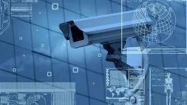 """人工智能再闯校园!从""""智能头环""""到AI摄像头,只为更好地监视?"""