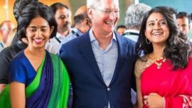 戏剧性逆转!苹果占据印度高端手机市场第一位,网友:在哪都真香