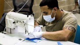 美军45小时只造4个N95口罩?中国72小时就造出口罩厂!