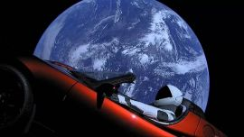 007座驾还是跑跑卡丁车?火箭推进器将成为特斯拉新跑车选配