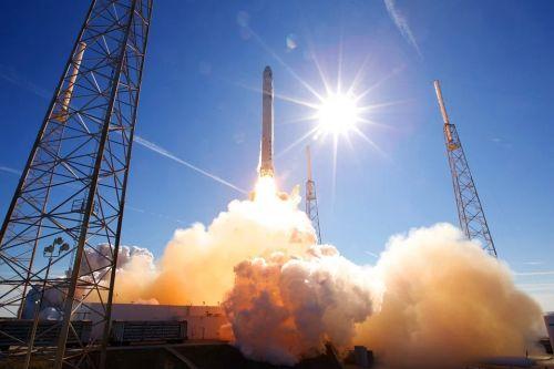 rocket-launch-693192_960_720