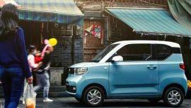 四个月狂销12万辆,宏光MINI EV人民的代步车
